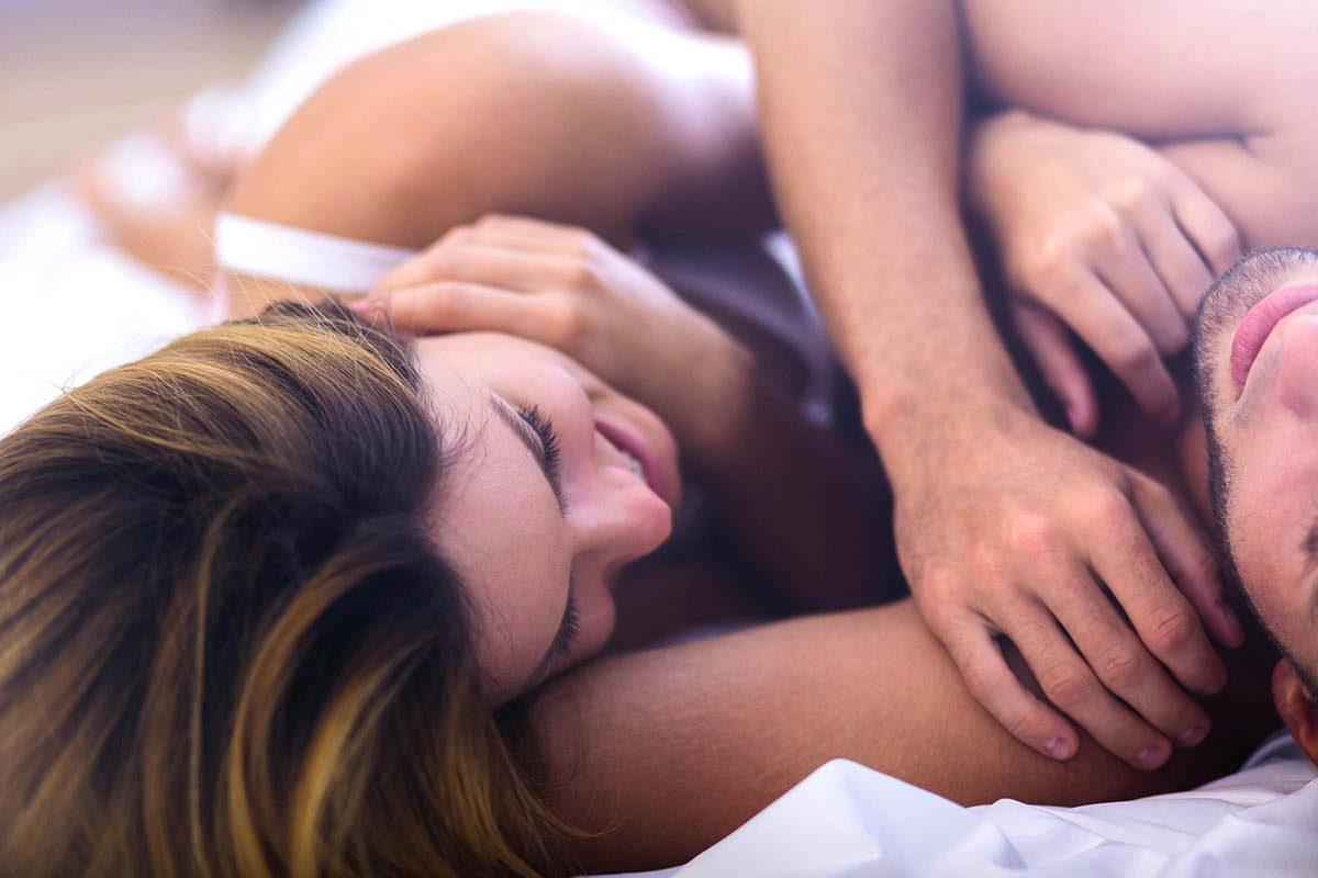 Mythe sur la santé : le sexe oral et anal sont une alternative sûre aux relations sexuelles classiques.