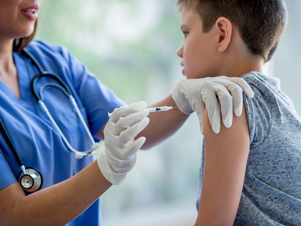 Mythe sur la santé: le vaccin contre la grippe peut vous donner la grippe.