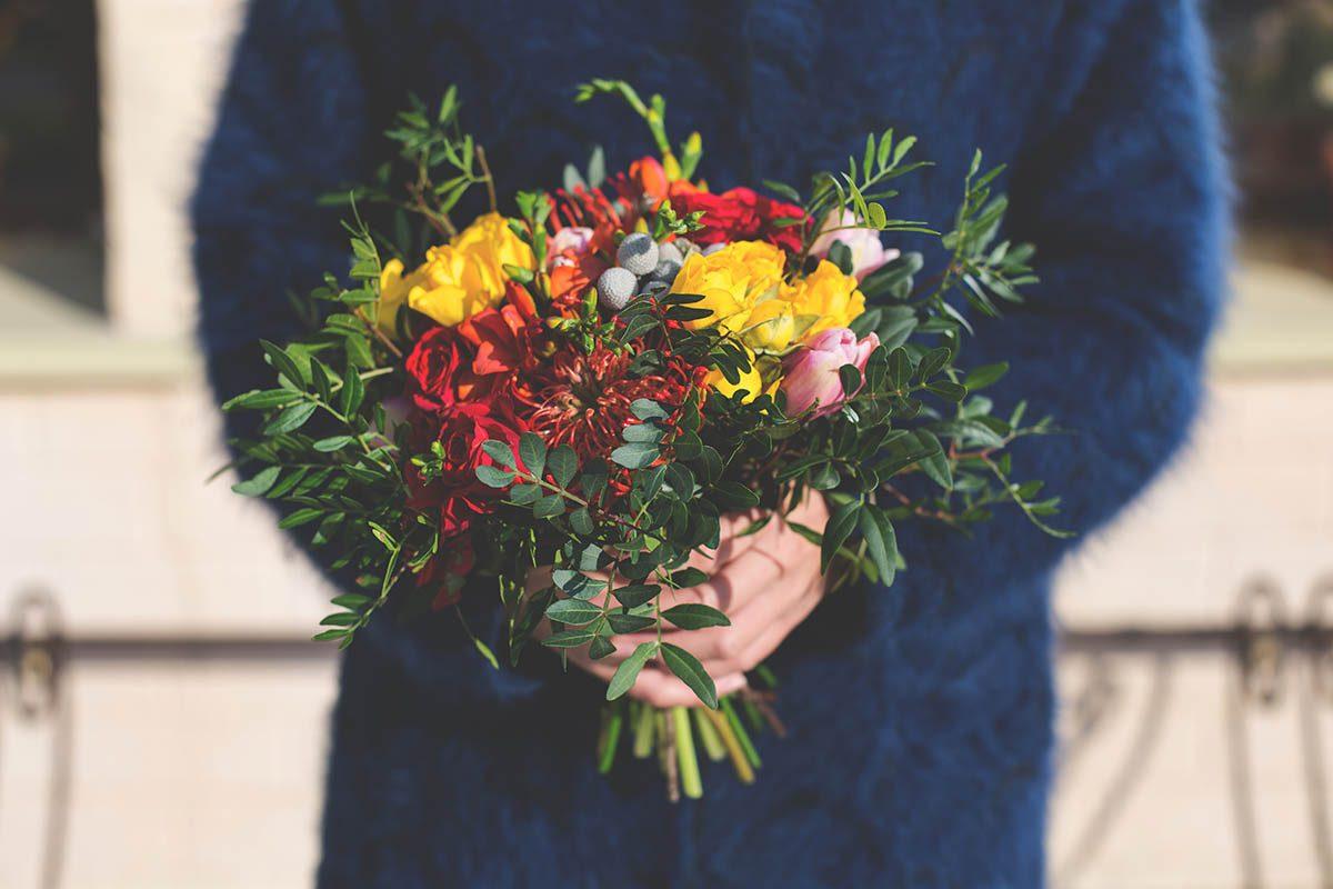 Idée romantique : offrir des fleurs sauvages.