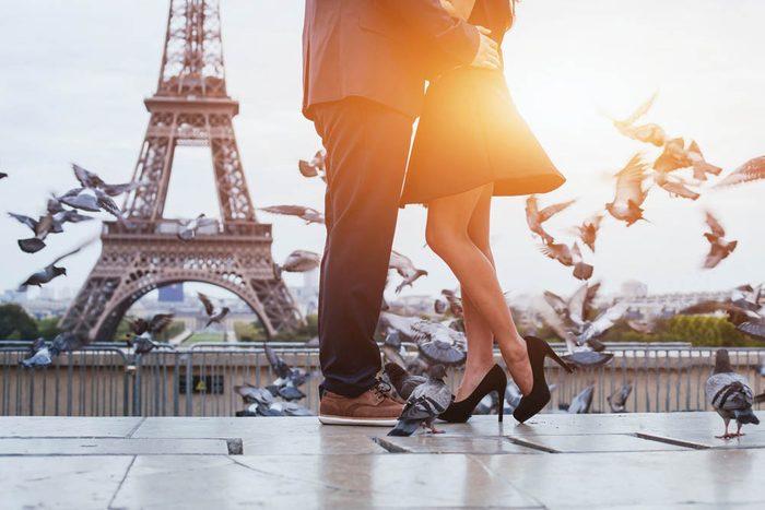 Voici des idées romantiques pour faire fondre votre moitié.