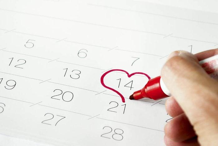 Idée romantique : prévoir les occasions spéciales.