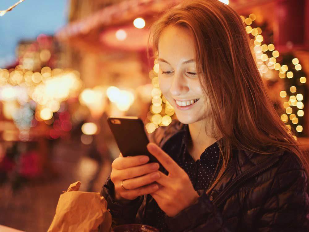 Sur les réseaux sociaux, ne vous vantez pas des cadeaux reçus.