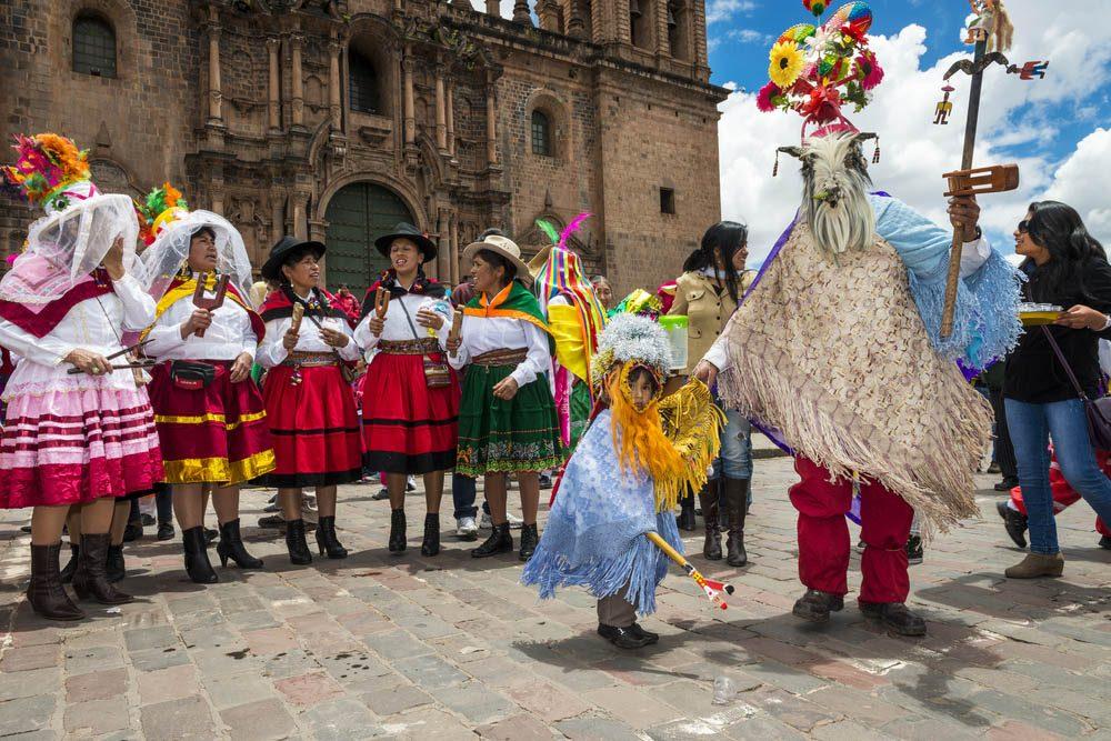 Temps des Fêtes : si vous fêtez Noël au Pérou, revoyez la première règle de Fight Club.