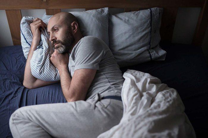 Relation abusive : votre partenaire peut vus faire douter de votre santé mentale.