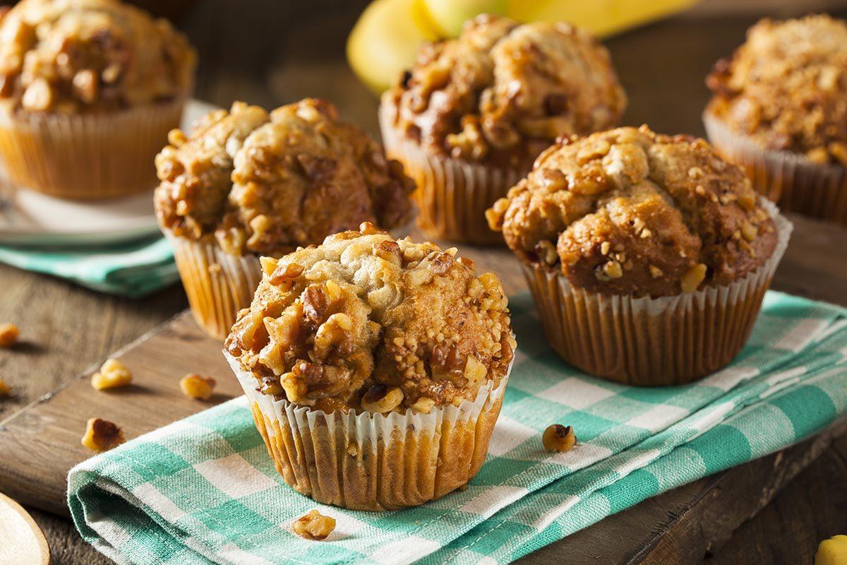 Aliment santé : un muffin fait maison faible en sucre et en matière grasse.