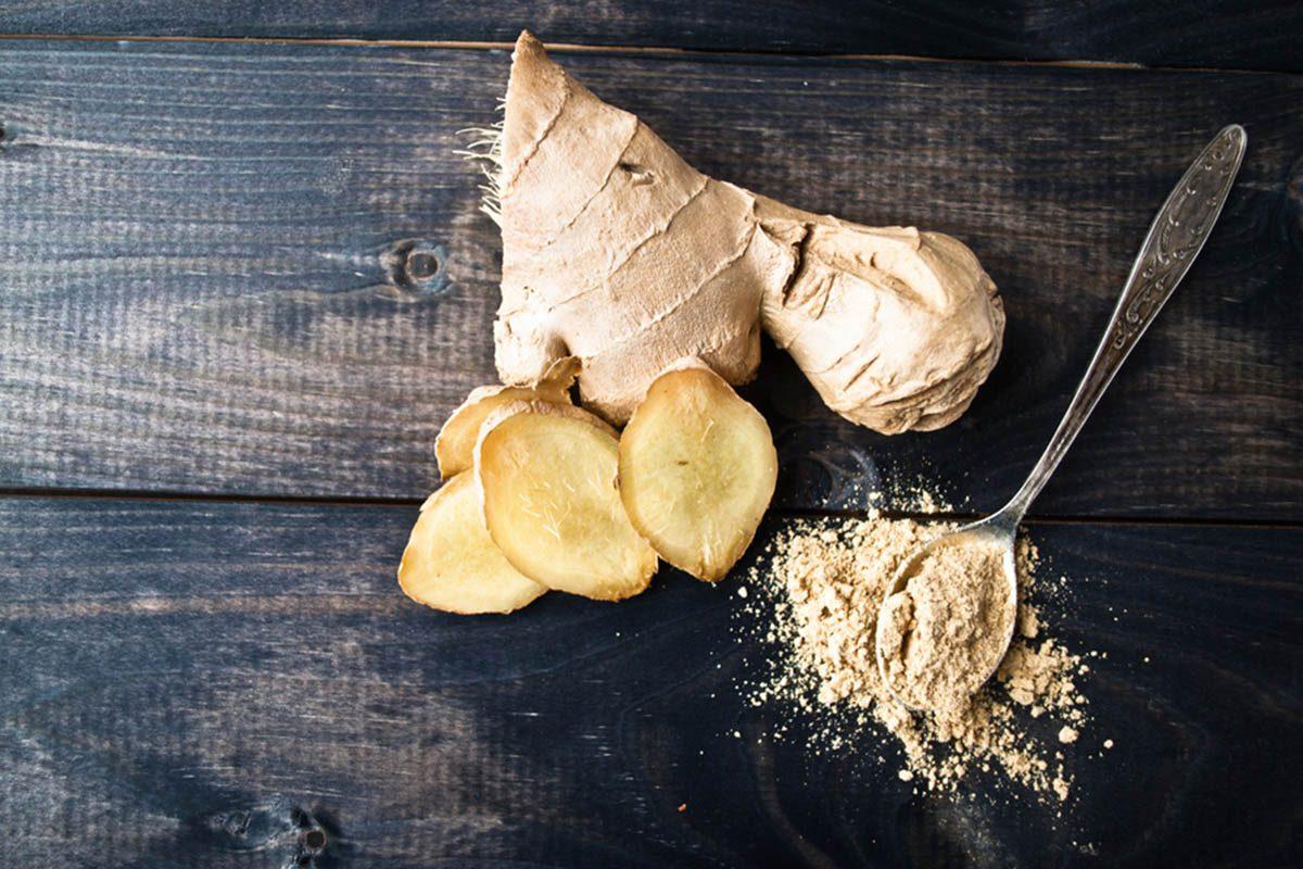 Aliments à ne jamais mettre au mélangeur : du gingembre.