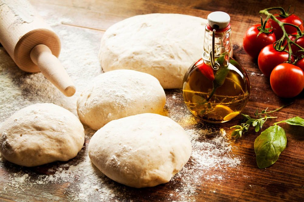 Aliments à ne jamais mettre au mélangeur : de la pâte.