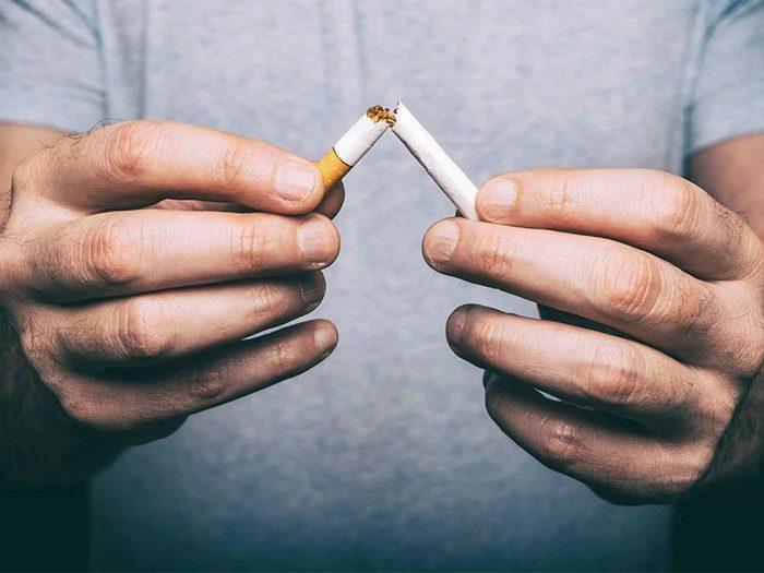 Éviter de fumer fait partie des trucs anti-cancer à faire!