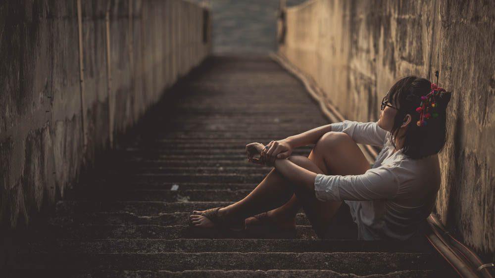 L'anxiété peut créer un sentiment de solitude.