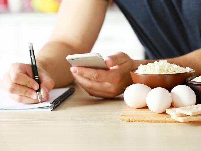 Quel objectif, en terme de calories, est le plus réaliste pour réussir à perdre du poids efficacement?