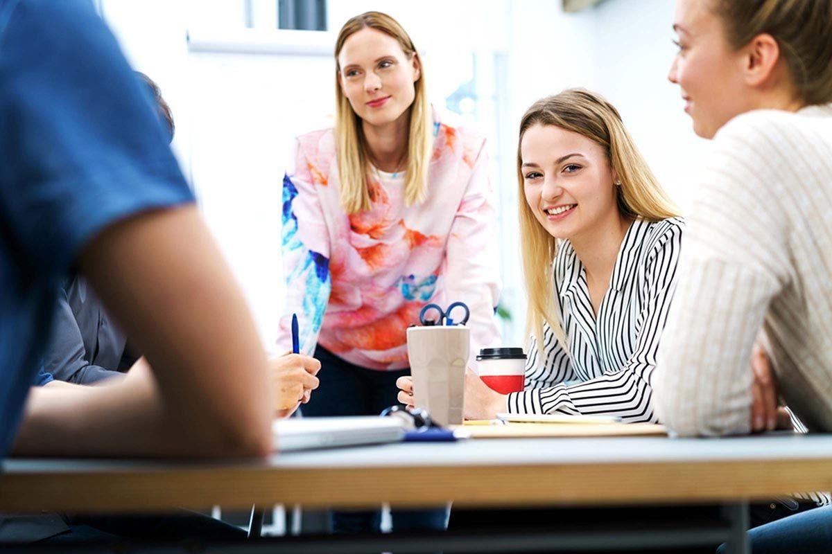 Compétences relationnelles recherchées : aimer travailler en équipe.