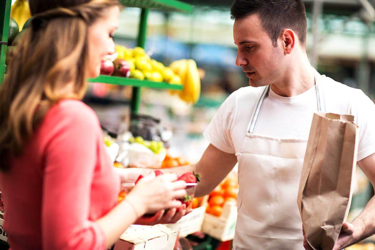 En cuisine, séparez les aliments à conserver et ceux à consommer rapidement.