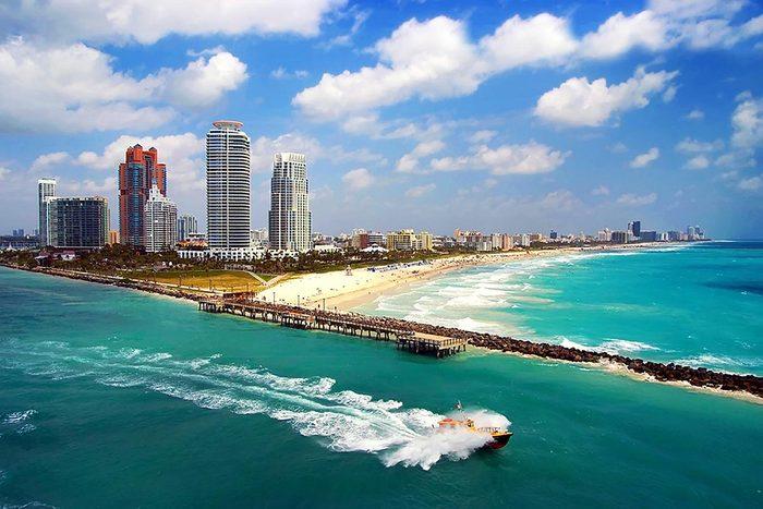 Destination au soleil : Miami, en Floride.