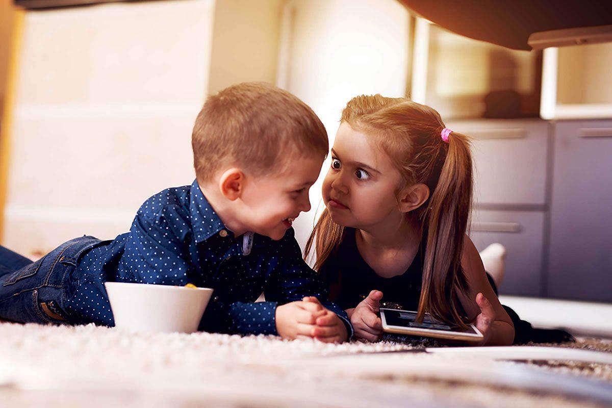 Dans une famille monoparentale, les enfants n'ont pas le choix d'être indépendants.