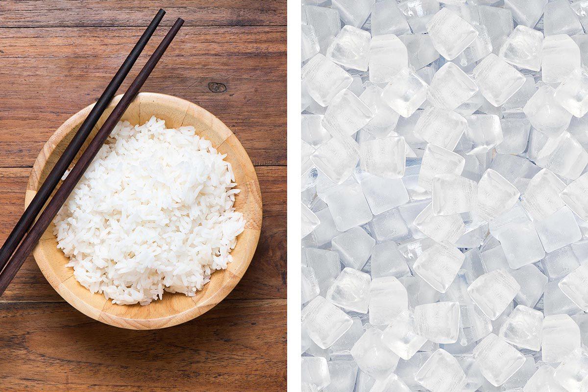 Mettez des glaçons dans votre riz pour le faire réchauffer au four à micro-ondes.