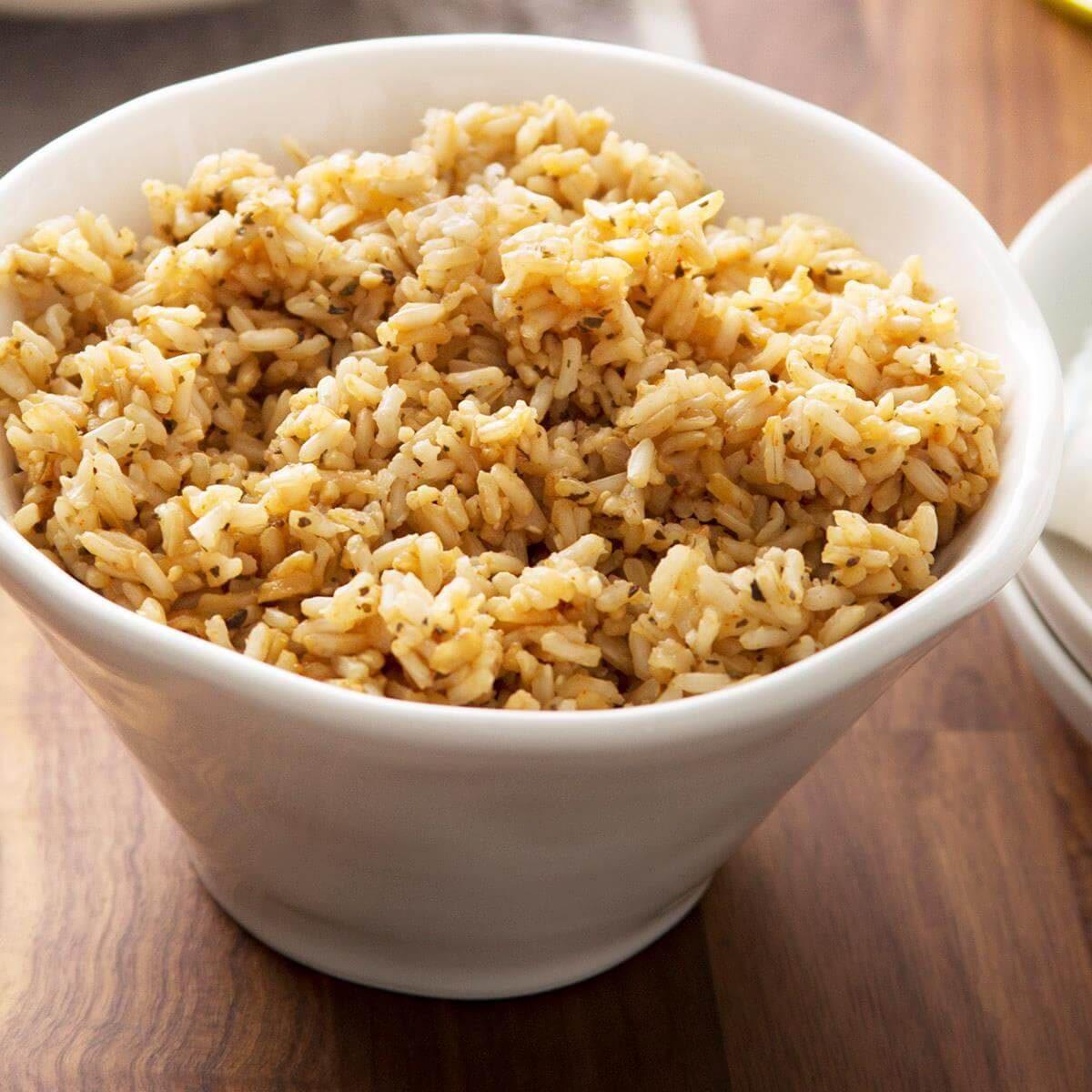 Les glucides du riz complet sont bons pour la santé.