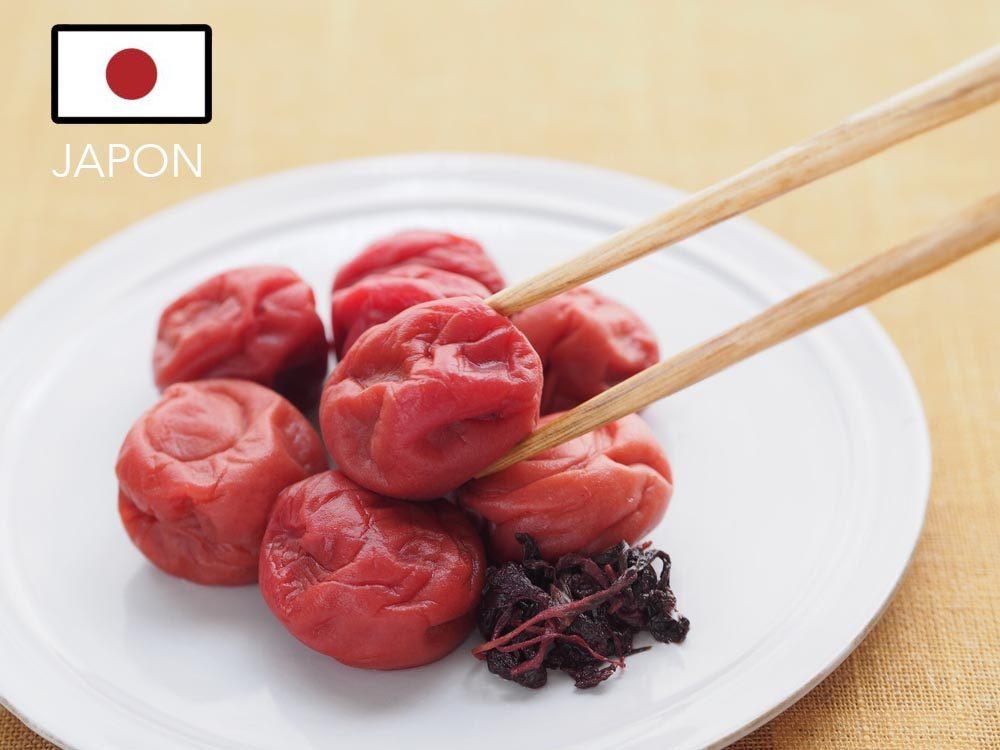 Gueule de bois : au Japon mangez du Umeboshi.