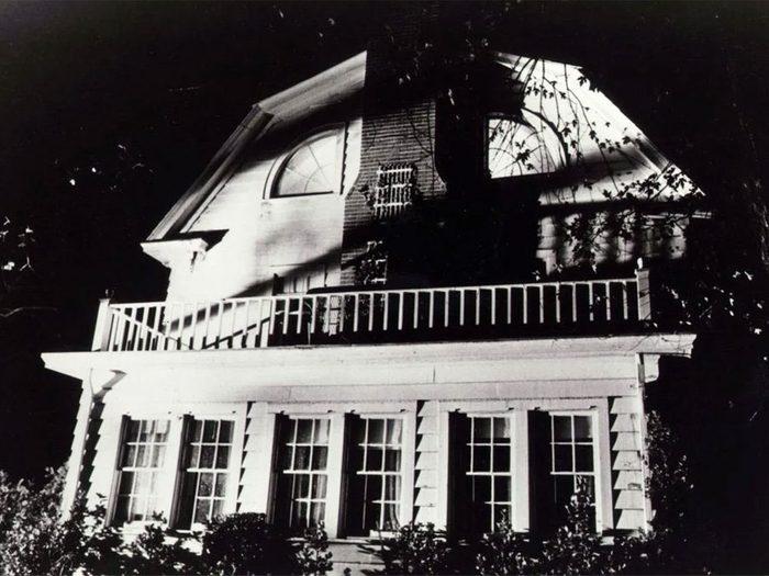 Les histoires de fantômes de la maison à Amityville ne sont que supercherie.