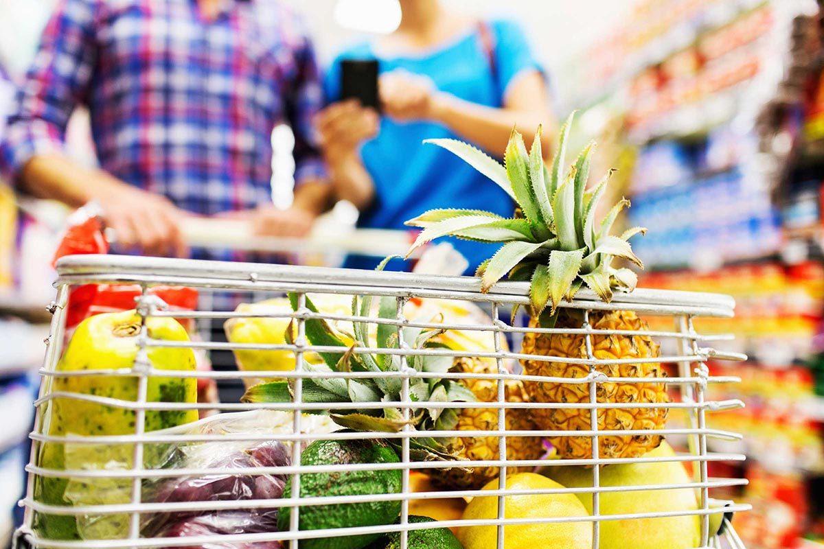 Pour maigrir, changez ce que vous mettez dans votre panier d'épicerie.