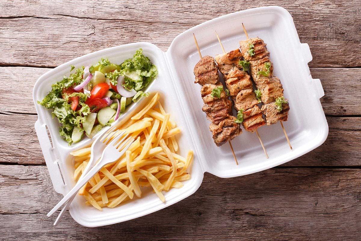Pour maigrir, évitez les plats à emporter.