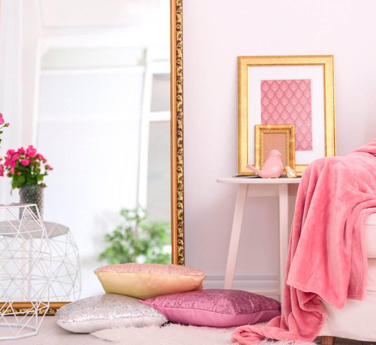 Pour une maison plus lumineuse, utilisez des miroirs.