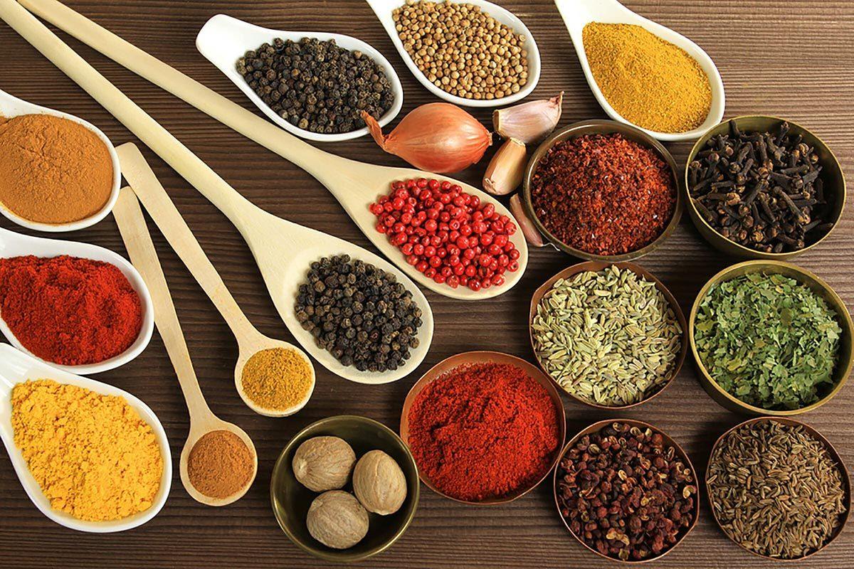 Maladie cardiaque : pour prévenir la maladie, ajoutez des épices et des herbes à vos plats.