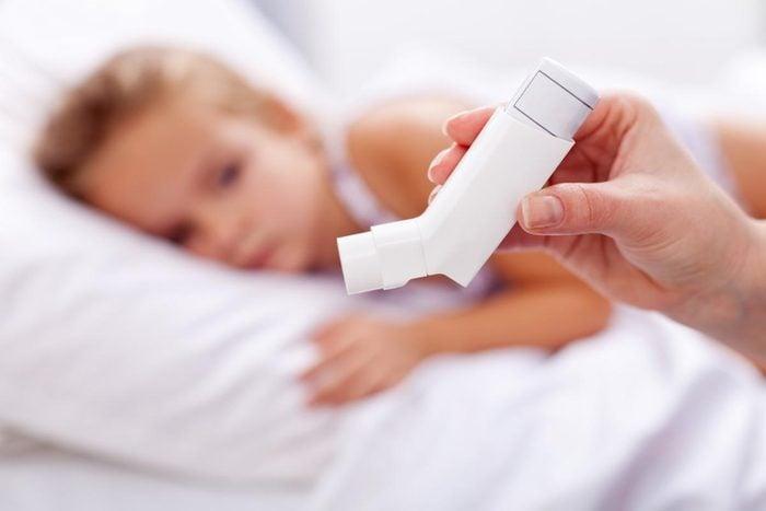 Maladie chronique invalidante : l'asthme.