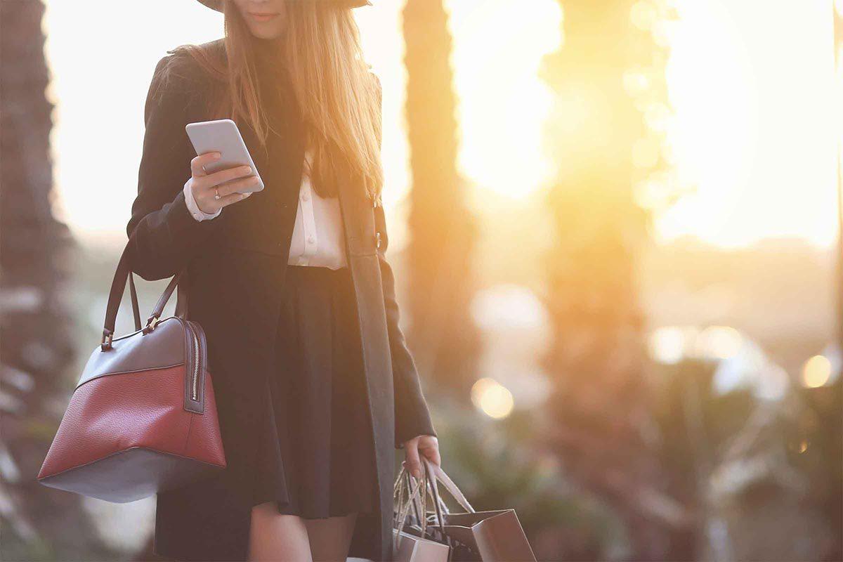 Un narcissique est un icône de la mode.