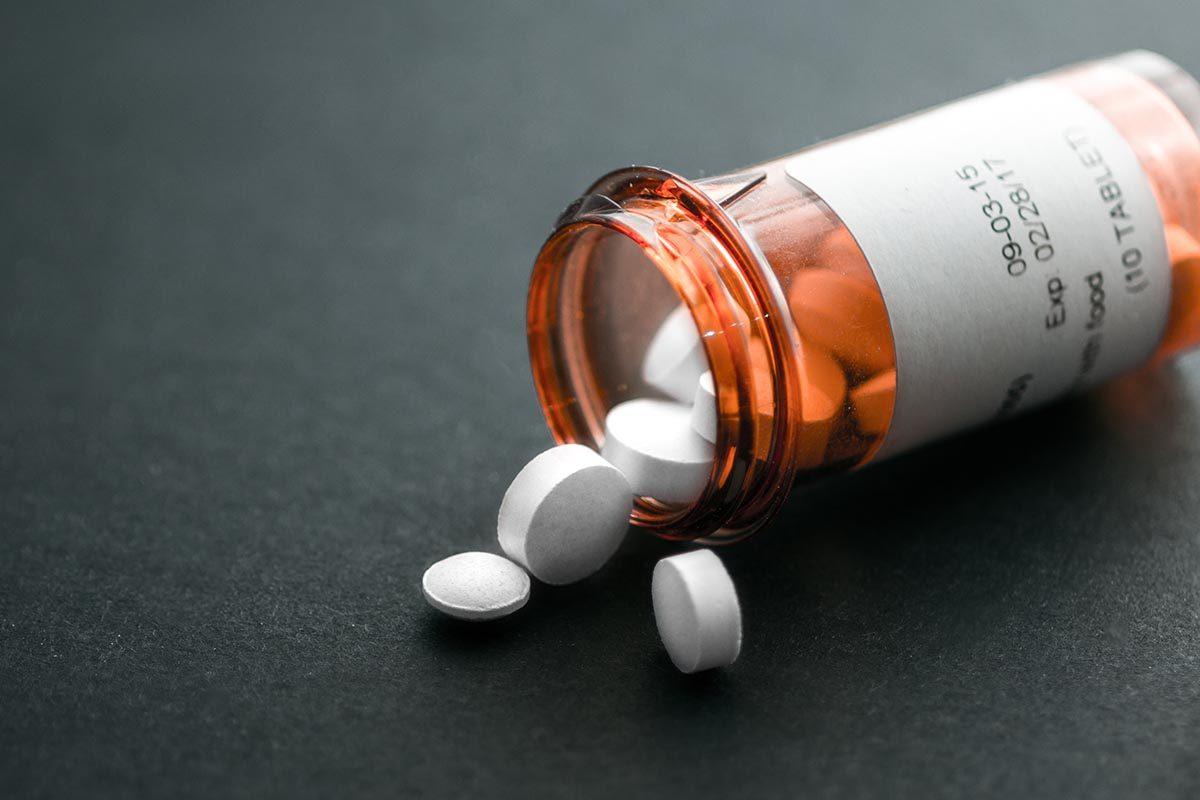 L'obésité peut être soignée par des médicaments.