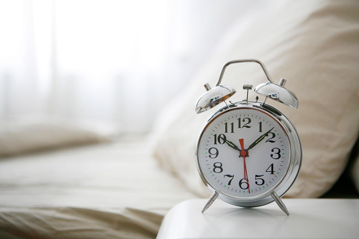 Pour perdre du poids en dormant, bénéficiez de 7 à 8 heures de sommeil.