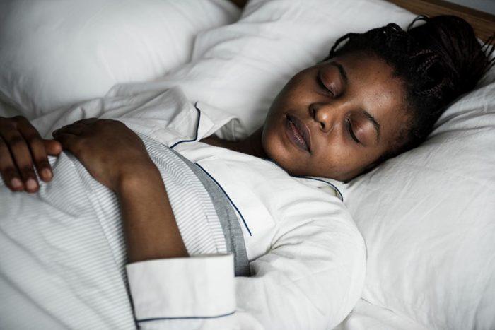 Pour perdre du poids, dormez suffisamment.