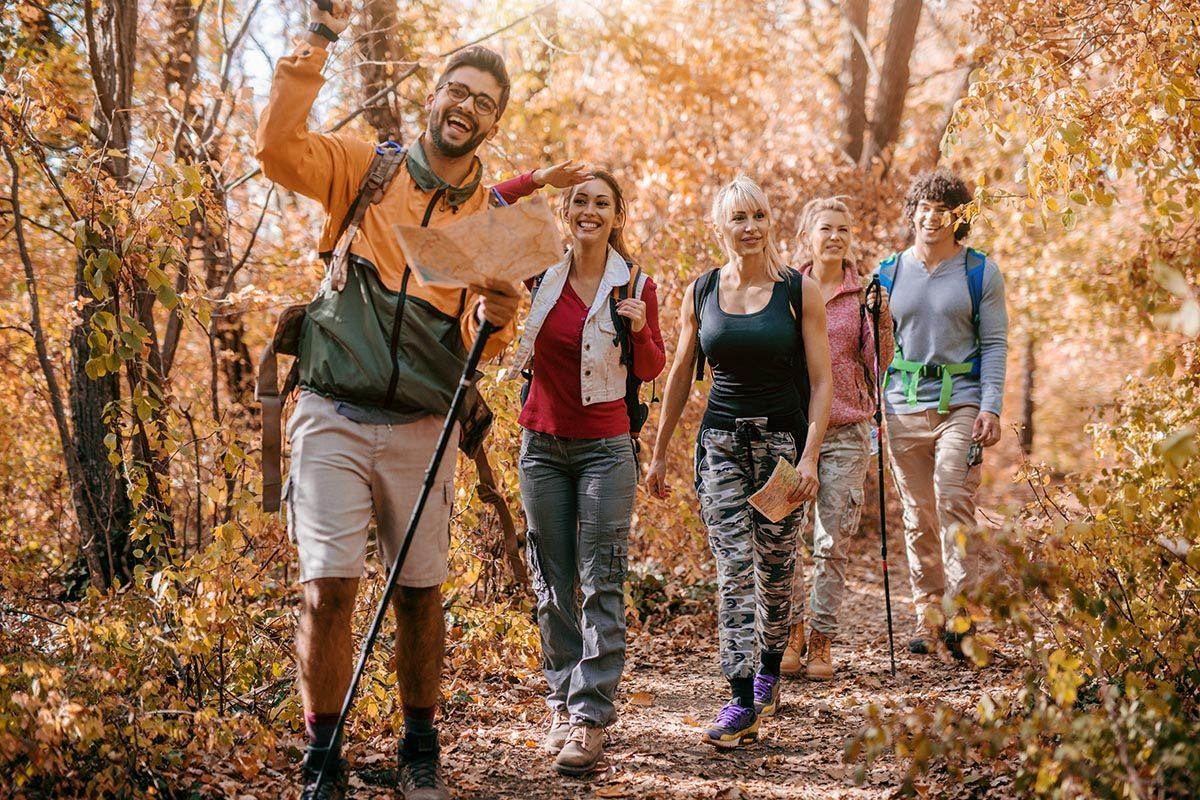 Pour perdre du poids, remplacez votre brunch entre amis par une promenade.