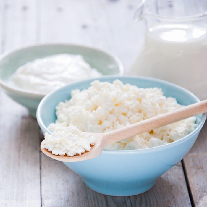 Des protéines peuvent être ajoutées à votre smoothie avec du fromage cottage.