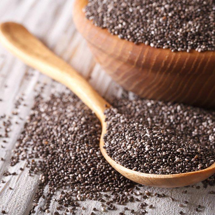 Des protéines végétales peuvent être ajoutées à votre smoothie avec des graines de chia.