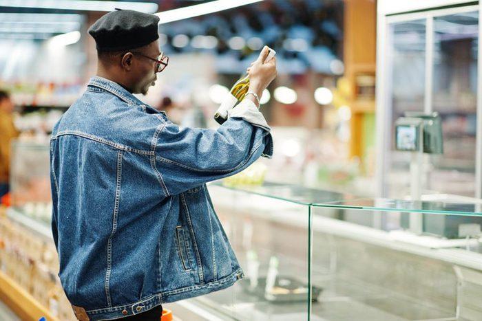 Pour réduire les factures, étudiez les modèles de vente de votre supermarché.
