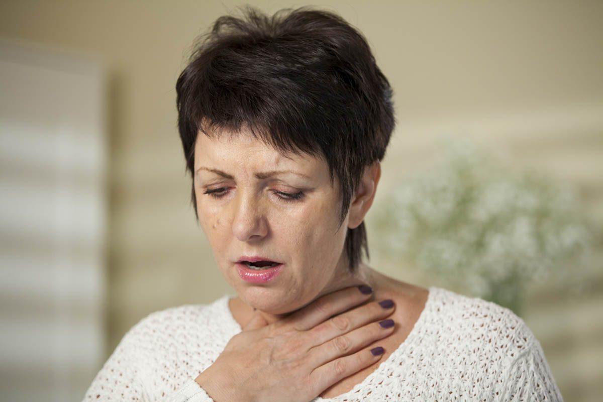 Signes de cancer méconnus : des difficultés à avaler.
