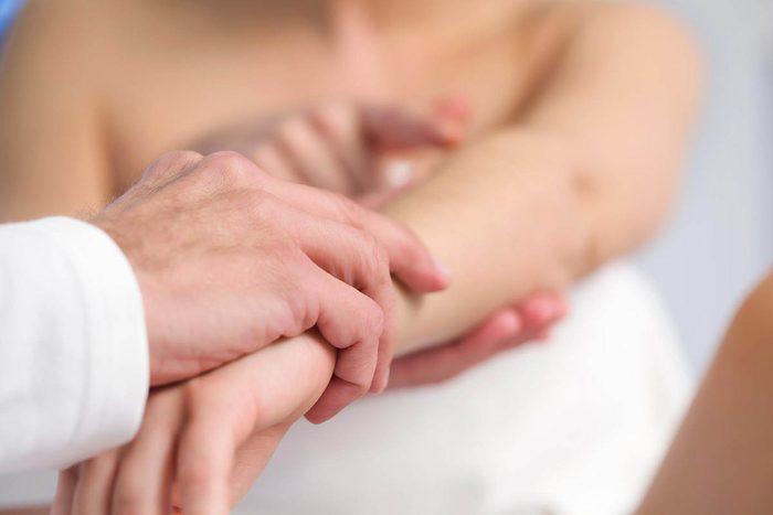 Signes de cancer méconnus : des modifications cutanées notables.