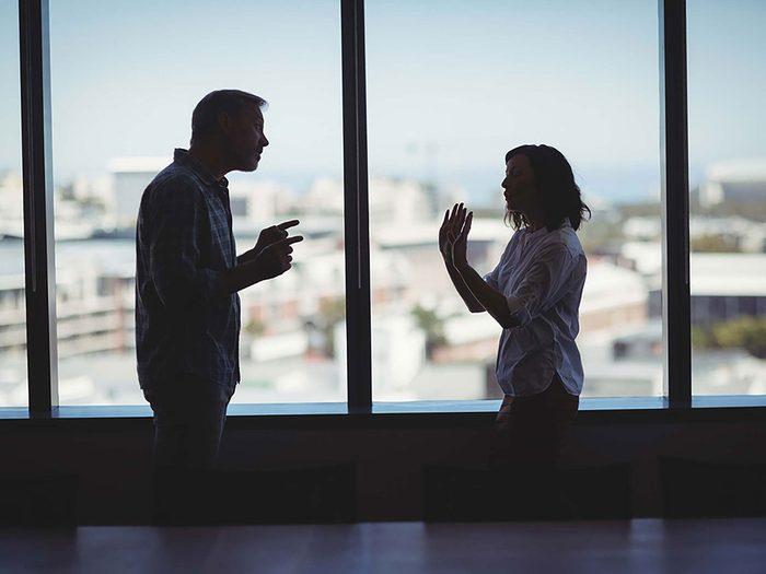 Violence conjugale: les relations précédentes de votre partenaire ont toujours été problématiques.