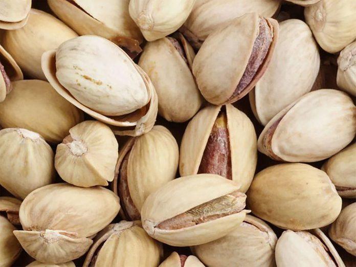 Des pistaches à ajouter au yogourt.