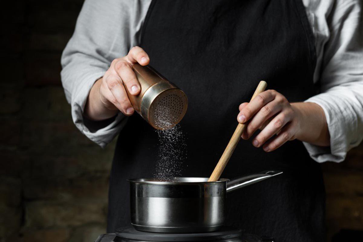 Les aliments transformés habituent le corps au sucre, au sel et aux ingrédients ajoutés.