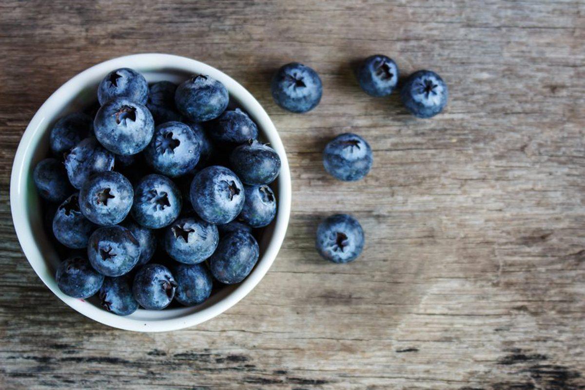 Aliment anti-cellulite : les baies foncées.