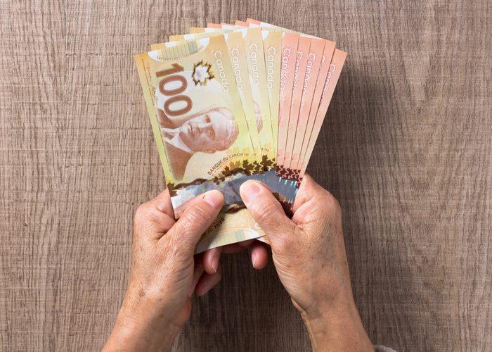 Arnaque : la voyante exigeait toujours plus d'argent.