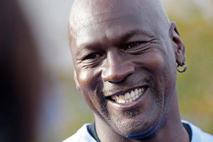 Canulars qui ont trompé le monde : la mort de Michael Jordan