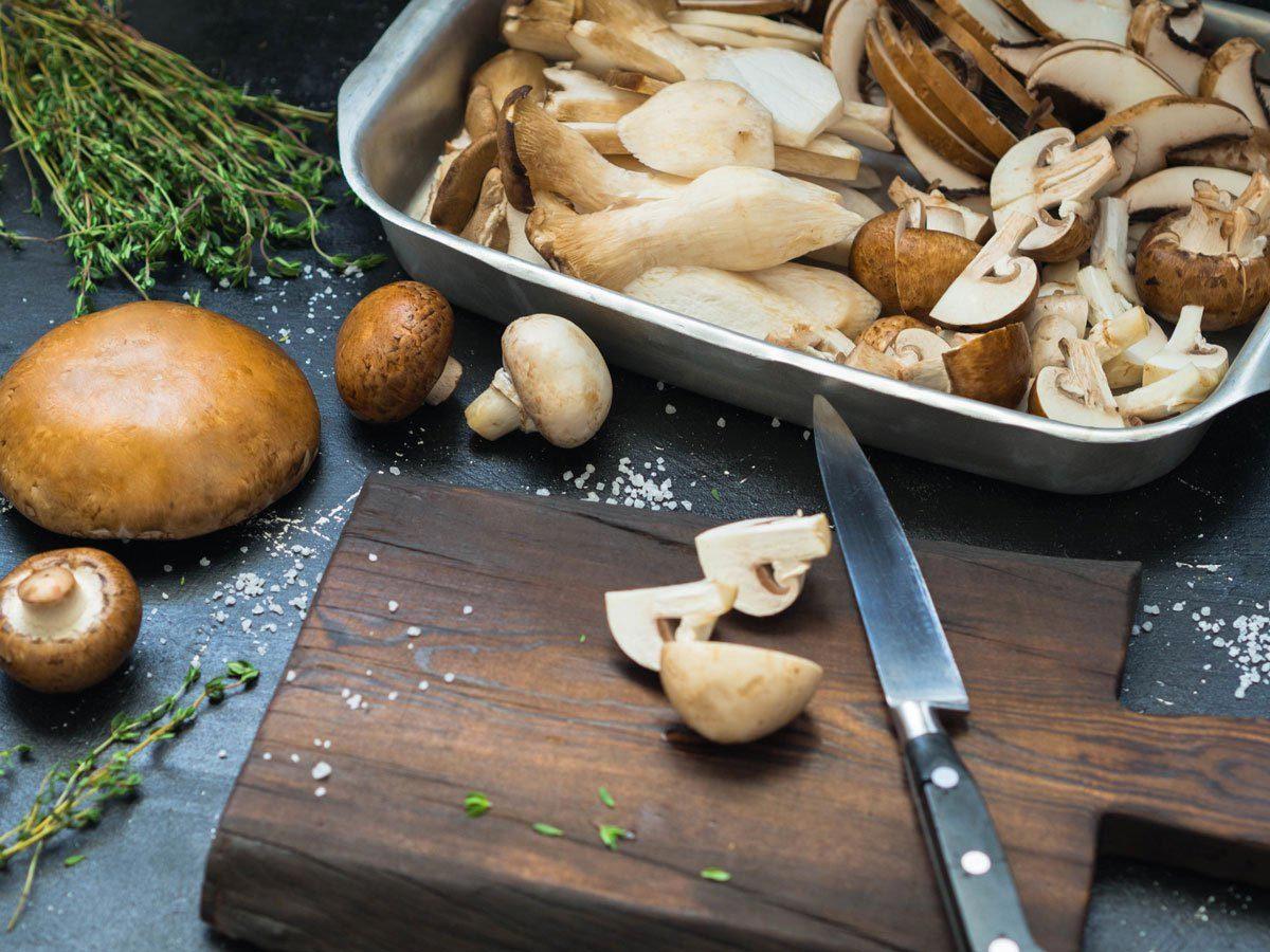 Le champignon contient beaucoup de nutriments.