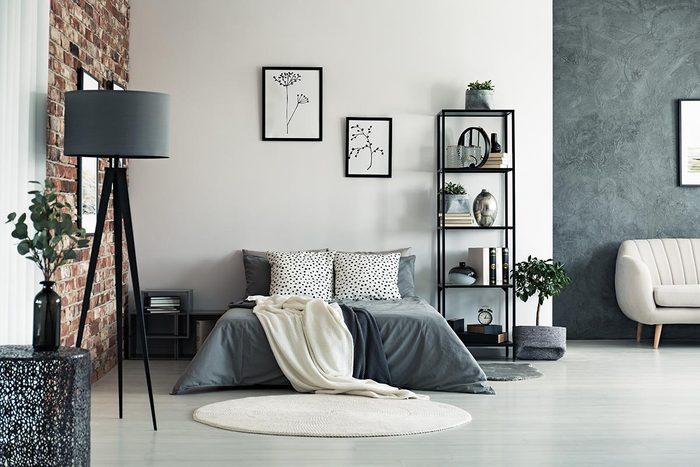 Pour une déco minimaliste, misez sur la couleur gris.