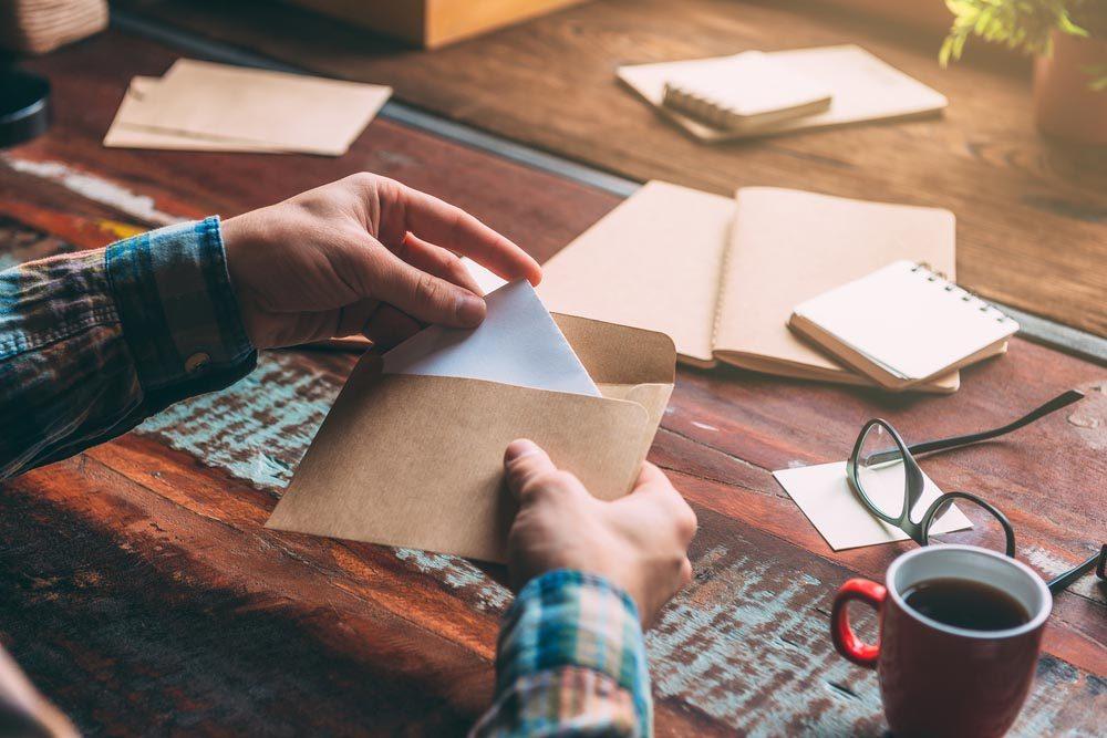 Pour rembourser vos dettes, n'envoyez pas de note.