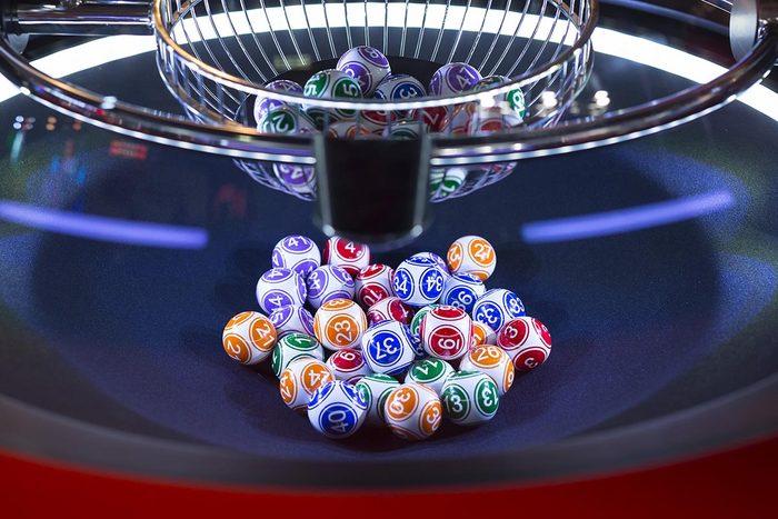 Un divorce a été prononcé après qu'une femme ai gagné à la loterie.