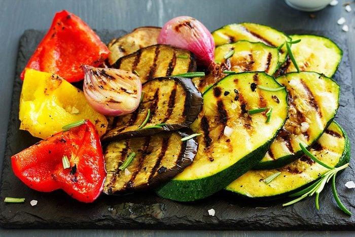 L'espérance de vie peut augmenter en mangeant des légumes.