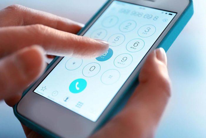 Les numéros de téléphone sont faciles à pirater.