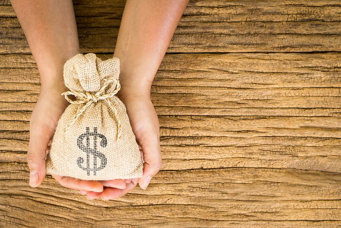 Finances personnelles : calculez vos revenus totaux.